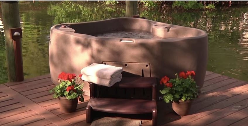 Ordinaire 2 Person Hot Tub Comp FEATURED IMAGE
