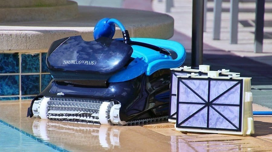 Best Robotic Pool Cleaner Reviews - Expert Buying Tips - Hot ...